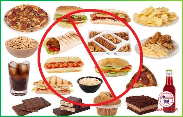 Người bị rối loạn tiêu hóa cũng cần phải tránh một số loại thực phẩm có hại